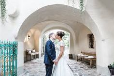 Choosing a hochzeitsfotograf Graz is a difficult decision that demands attention, research and comparison. An album is an artwork that sh. Bride Pictures, Mr Right, Close Friends, Online Gallery, Grooms, Got Married, Brides, At Least, Marriage