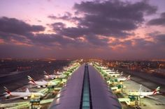 Record breaking five new aircraft join Emirates Fleet