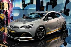 Vauxhall Astra VXR EXTREME set for production
