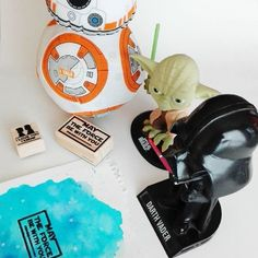 We love to see how you use our stamps! May the force be with you stamp inspired on Star Wars movies and I love you, I Know stamp. Han Solo and Leia. Star Wars watercolor DIY idea.