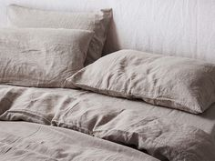 Keep things classic with our Natural French linen. Shop our beautiful range of pure French linen sheet sets available in King, Queen, Double, King Single and Single sizes and enjoy the widest range of linen colours online. Neutral Bed Linen, Black Bed Linen, Best Bedding Sets, King Bedding Sets, Sheets Bedding, Comforter Sets, Linen Bedding, Linen Sheets, Bed Linen Sets