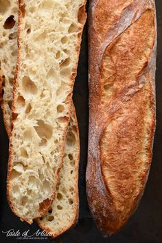 An easy way to make an outstanding French baguette at home. Italian Bread Recipes, Artisan Bread Recipes, Sicilian Recipes, Loaf Recipes, Baking Recipes, Sicilian Food, Cornbread Recipes, Jiffy Cornbread, Artisan Food