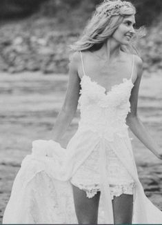 Love this ...perfect for a beachy wedding