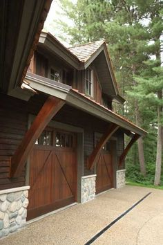 I love this dark finish. Attached to the barn house by a breezeway into a mudroom. Office above the garage? Garage House, Garage Loft, Garage Workbench, House Roof, Dream Garage, Plan Garage, Garage Doors, Garage Ideas, Door Ideas