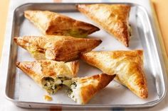 Spinach & feta turnovers - December 28 2018 at - Amazing Ideas - and Inspiration - Yummy Recipes - Paradise - - Vegan Vegetarian And Delicious Nutritious Meals - Weighloss Motivation - Healthy Lifestyle Choices Yummy Recipes, Spinach Recipes, Vegetarian Recipes, Cooking Recipes, Yummy Food, Dinner Recipes, Vegan Vegetarian, Healthy Recipes, Pizza