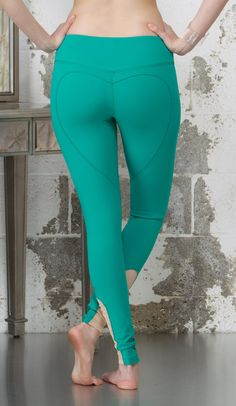 Emerald Green Yoga Legging - Heart Butt™ Yoga Pant - Compression Jersey -  Womens Activewear - Workout Leggings - B001 0fcafd14cc75