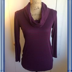 ❤️STRIPED MATERNITY TURTLENECK❤️ A PEA IN THE POD MATERNITY striped turtleneck. Navy blue and maroon color (as I see it). Size medium. 48% rayon 48% polyester 4% spandex. Lightweight. Excellent condition. A Pea in the Pod Tops