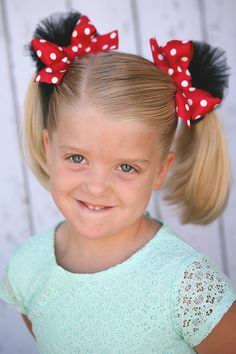 DIY how-to make Minnie poof hair clips from MichaelsMakers Eighteen25