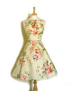 Knielange Kleider - Hellgrüne Blumen Tee Kleid - ein Designerstück von digforvictory bei DaWanda