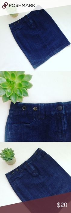 """J. Crew Denim Straight Skirt A fantastic wardrobe basic from J. Crew! The J. Crew Denim Straight Skirt, which hugs in all the right places! Very dark wash! With adorable button detailing along the belt line! Two front pockets. Easy to style and in PERFECT CONDITION! No flaws! 20"""" length. Sold out fast! ✨ALL PURCHASES COME WITH BEAUTY SAMPLES!✨ J. Crew Skirts Pencil"""