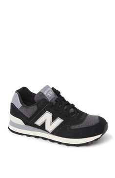 The women's 574 Penant Collection Sneakers by New Balance for PacSun and PacSun.com offer a black, white and gray color scheme with a New Balance logo on the side. The sneakers have a comfortable padded fit and lace up style. Wear them with your joggers and fleece for chic sporty style!%09Lace up%09Imported