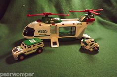 HESS Helicopter with Motorcycle and Cruiser 2001 LOOK Excellent