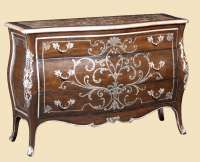 shown with:Old World Orleans finishVersaillesLeaf trimDecorative hand painted floral motif in Silver finishPolished Madeira Marble topAntique Nickel hardware Large Furniture, Painted Furniture, Bedroom Furniture, Marble Top, Discount Furniture, Hope Chest, Old World, Storage Chest, Home Accessories