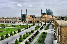 Naqsh e Jahan (Imam) Square Top public square in the world http://iran-visa.com/top-10-public-squares-world/ #iran #isfahan #visa