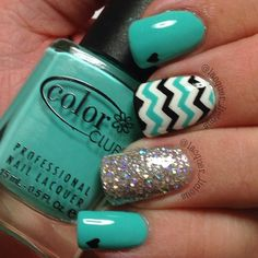 Lacquer_licious, Sept. 20, 2014. I know I did a mani using this gorgeous neon turquoise a few weeks ago but I love it so much I had to use it again! I'm off to #olympiabeauty tomorrow and looking forward to buying some new polishes!  Products used are:  Base coat: Duri Rejuvacote  Colours: Color Club Age of Aquarius, China Glaze Liquid Leather, Opi Alpine Snow  Accent nail: China Glaze Nova  Top coat: Seche Vite  Chevrons created with nail vinyls from the amazing Linda over at…