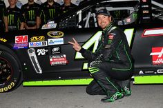 Kurt Busch wins the pole at Las Vegas, breaking the previous speed record
