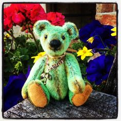 Shamrock by Pepper Bears. Hand stitched using sassy fur.
