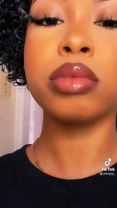 Dope Makeup, Baddie Makeup, Pretty Makeup, Simple Makeup, Makeup For Black Skin, Black Girl Makeup Natural, Lipstick For Dark Skin, Makeup Looks Tutorial, Lip Liner Tutorial