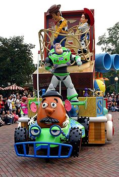 Toy Story character's in the parade