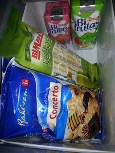 Preparando un #viaje al #aeropuerto bien #temprano. Por si no ha #desayunado.....#Taxi #Nigrán #María #653736754 Snack Recipes, Snacks, Ibiza, Biscuits, Chips, Food, Voyage, Snack Mix Recipes, Crack Crackers