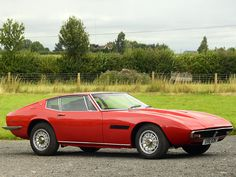 Here you can find a huge amount of high resolution car images of 1970 Maserati Ghibli SS - UK version. Maserati Ghibli, Car Images, Unique Cars, Car Wallpapers, Vintage Cars, Vintage Sport, Sport Cars, Luxury Cars, Cool Cars