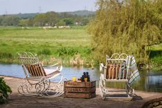 Enjoy boutique luxury at Undercastle Cottage - New Forest. Outdoor Chairs, Outdoor Furniture Sets, Outdoor Decor, Boutique Retreats, New Forest, Cottage, Luxury, Interior, Home Decor