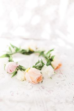 Floral crown: http://www.stylemepretty.com/living/2015/08/25/bridal-shower-picnic/ | Photography: Ainsley Rose - http://www.ainsleyrose.com/