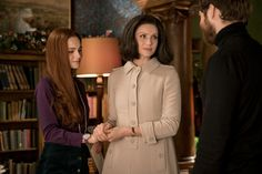Here is a NEW Interview with Matt Roberts from Entertainment Weekly  From EW: Claire's finally back in 18th-century Scotland! But she didn't return to Jamie in episode 5 via Craigh na Dun, th…