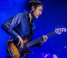 Colin Greenwood Colin Greenwood, Thom Yorke Radiohead, All About That Bass, Oh My Love, Music Pictures, Music People, Rock Legends, Don't Care, Punk