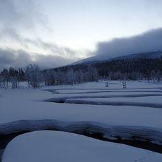 Joen kiemurat #pallasyllastunturinkansallispuisto #nationalparks #talvi #winter #snow #laplandfinland Photo And Video, Winter, Outdoor, Instagram, Outdoors, Outdoor Games, Outdoor Living