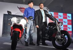 Hyosung launched two new cruiser in India Aquila Pro and GT 650 R