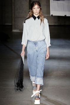 The new Boyfriendjeans:bleached, patched, coated! This season is all about denim!New cuts, combinations form a brand new style of Boyfriendjeans! maisonmartinmargiela acne Photo:Pinterest gefunden auf Styletorch