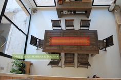 Sillas y Mesas Comedor Patio, Shelves, Home Decor, Dining Chairs, Table And Chairs, Solid Wood, Timber Furniture, House Decorations, Shelving