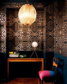 black and gold Art Deco geometric wallpaper // patterns