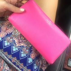 Kate spade pink wallet - perfect condition Great condition - no smoke home kate spade Bags Wallets