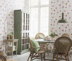 Kitchen design ideas for your next project. We have all the kitchen planning inspiration you need for the heart of your home, whatever your style and budget Decor, Home, Rustic Shabby Chic, Kitchen Wallpaper, Furniture, Tile Design, Interior Design, Beautiful Kitchens, Ideal Home