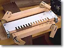 Woodworking Plans: Dovetail Jig for Half Blind Dovetails