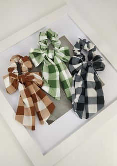 Hair Accessories, Gift Wrapping, Gifts, Gift Wrapping Paper, Presents, Wrapping Gifts, Hair Accessory, Favors, Gift Packaging