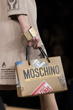 Moschino Fall 2017