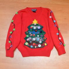 Ugly Christmas sweaters are a lot of fun, but can expensive. Enter a few cheap ugly Christmas sweater DIYs that will make your tackiest dreams come true! Ugly Sweater For Kids, Cheap Ugly Christmas Sweater, Kids Christmas Sweaters, Ugly Sweater Party, Diy Christmas, Ugly Sweaters Diy, Light Up Christmas Sweater, Tacky Sweater, Christmas Outfits