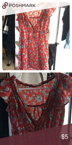 Red floral dress Size S/M button up dress. Semi loose fit flowy. A little wrinkled. Dresses