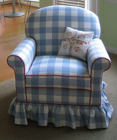 love the blue gingham chair and red trim - I would love to have this in a sitting area in my bedroom.
