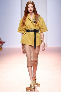 No. 21 Spring 2015 Ready-to-Wear Fashion Show - Natalie Westling