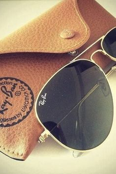 Ray Ban Aviators | Elizabeth Winslow's Essentials | Camille Styles