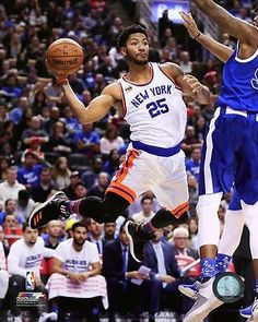 Derrick Rose New York Knicks 2016-2017 NBA Action Photo TO206 (Select Size) b4283030f