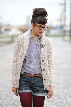 inspiration to grow out my hair, and love the outfit, but I might go for jeans not cut off shorts.