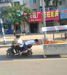 24 People Who Shouldnt Be Allowed to Transport Things