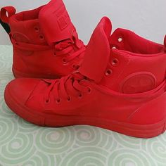 Gently used Red converse Stylish High tops Used only a few times  Men's size 5 women's size 7 Converse Shoes Sneakers