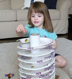 12 Jeux en carton recyclé pour nos enfants
