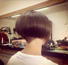 Bob hairstyles are a classic look that has been in fashion for ages, and is sure to continue to be popular look for many years to come! It can be bold, wild and bold look for those who are not afraid to… Continue Reading → Short Wedge Hairstyles, Angled Bob Hairstyles, Short Bob Haircuts, Short Hair Styles, Classic Hairstyles, Shaved Bob, Shaved Nape, Blonde Bob Haircut, Bobs For Thin Hair